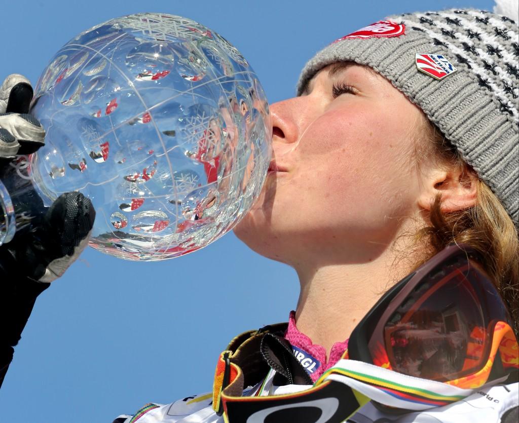 Shiffrin with her 2013 slalom globe (GEPA/Wolfgang Grebien)