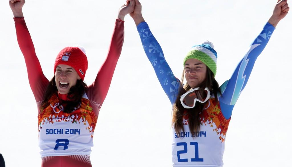 Tina Maze and Dominique Gisin share gold in Sochi downhill. (GEPA)