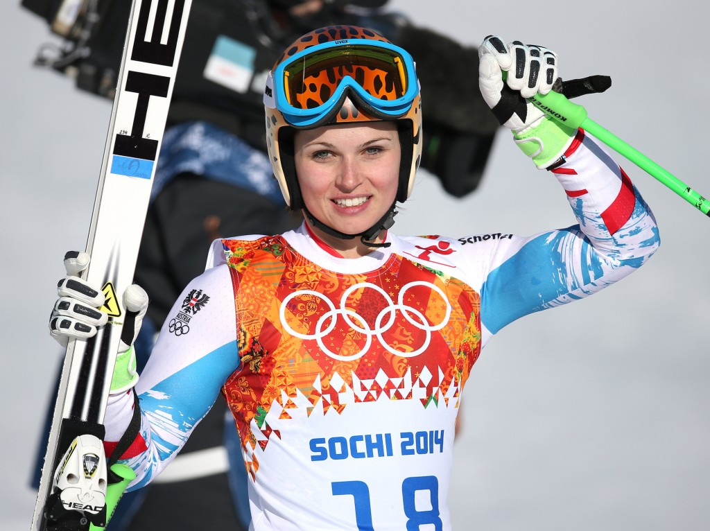 Anna Feninger wins gold in Sochi.