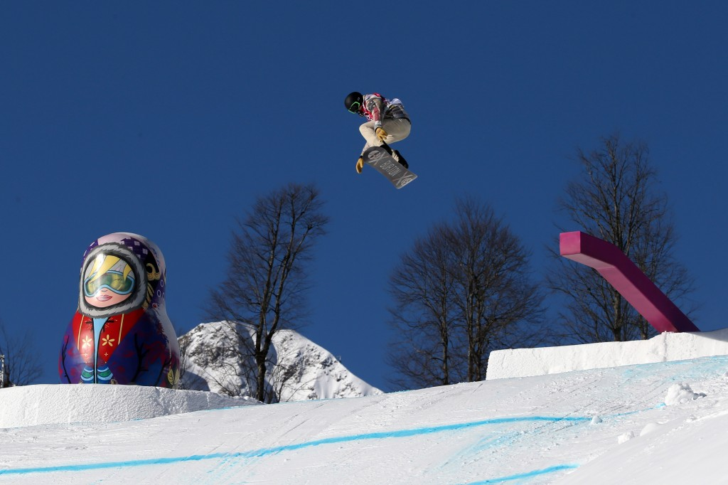 Shaun White during slopestyle training in Sochi (GEPA/Daniel Goetzhaber)