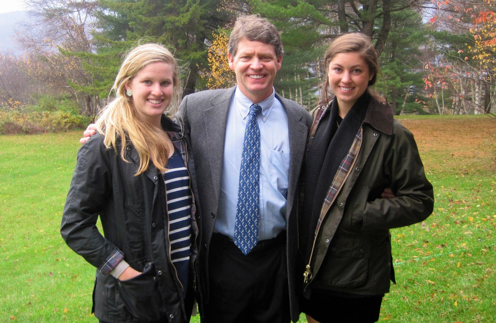 Tiger Shaw with his daughters Eva [left] and Kara [right]. (USSA)