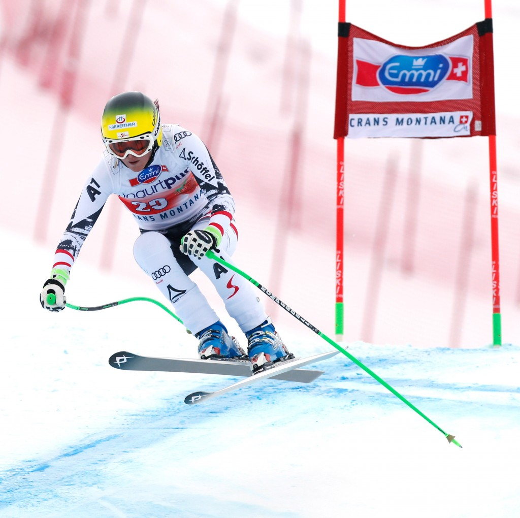 Andrea Fischbacher skis for the win in Crans Montana. (GEPA)