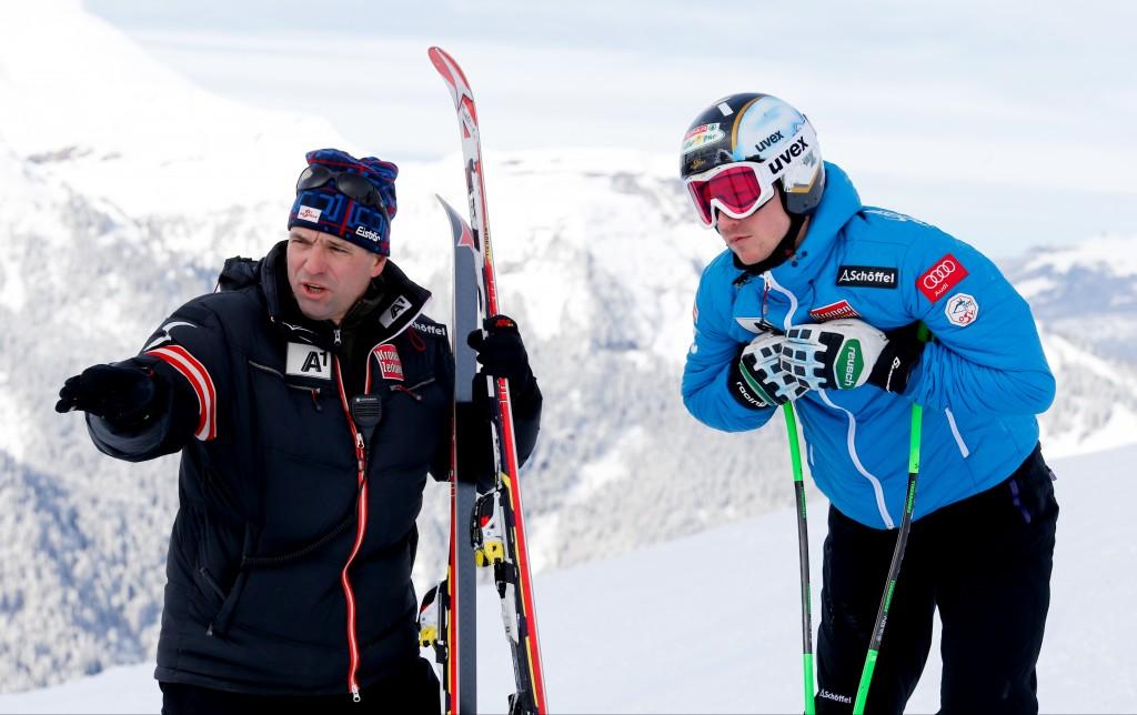 Burkhard Schaffer working with Hannes Reichelt. GEPA/Wolfgang Grebien