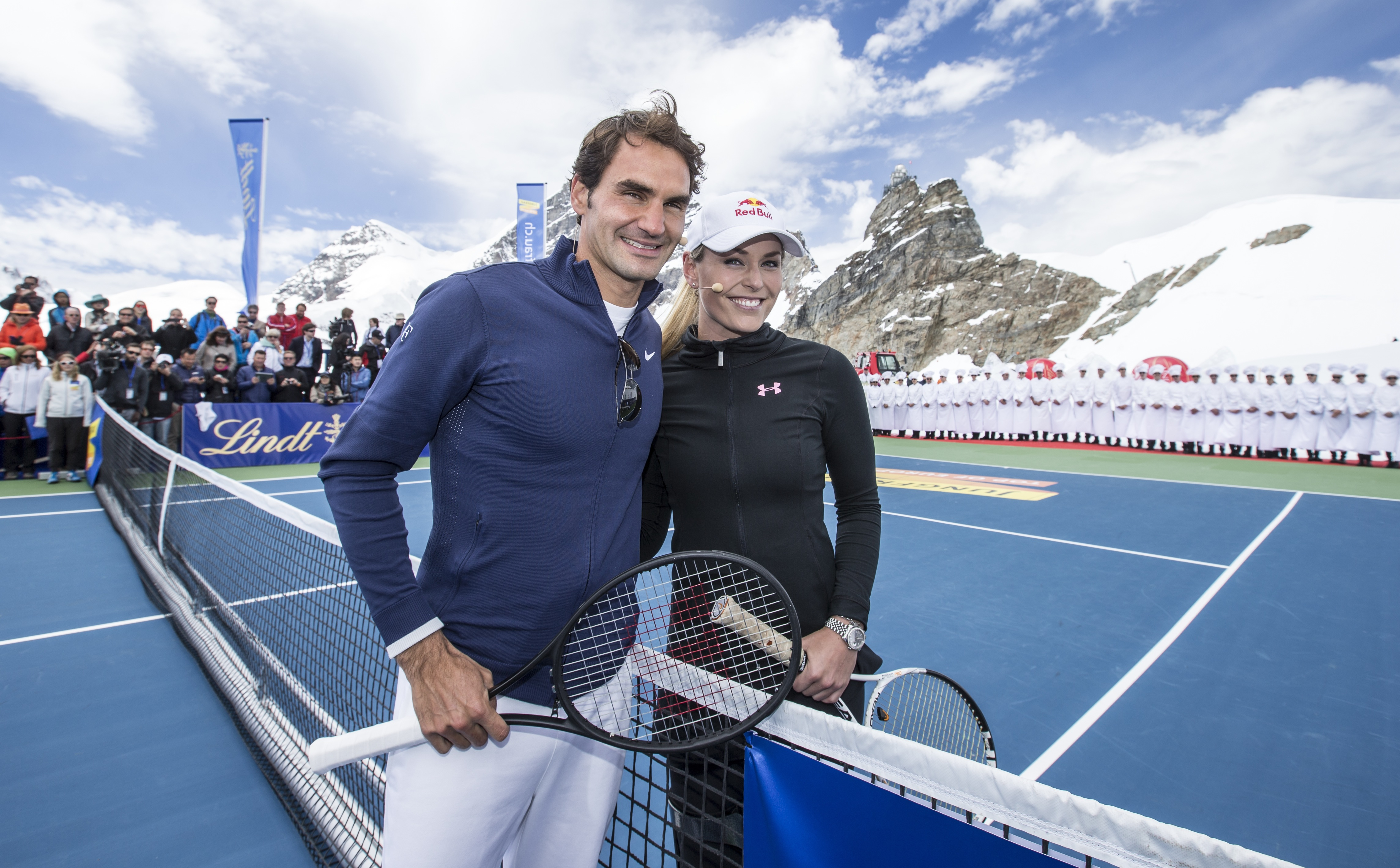 Video Lindsey Vonn Vs Roger Federer In Glacier Tennis