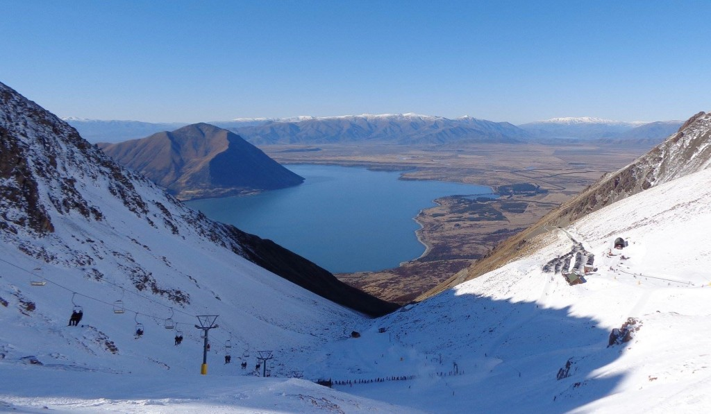 Ohau Snow Fields in New Zealand above Lake Ohau.