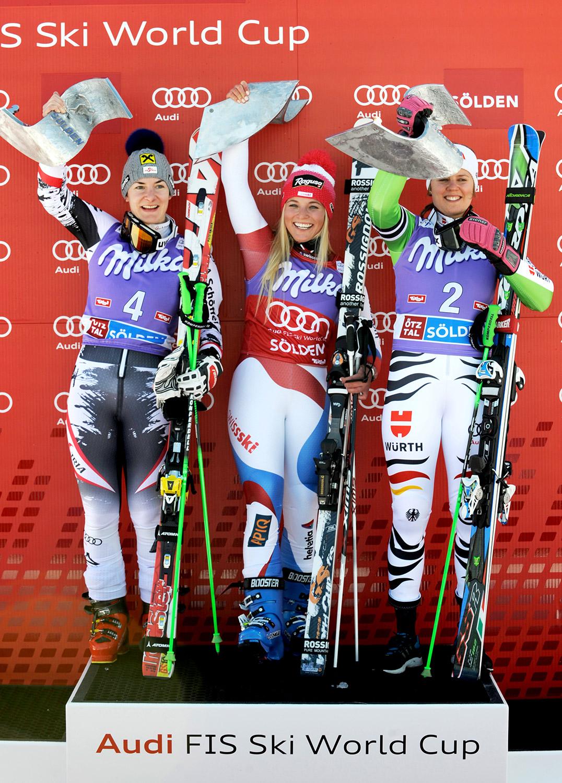 Last year's podium: Kathrin Zettel, Lara Gut, Viktoria Rebensburg.
