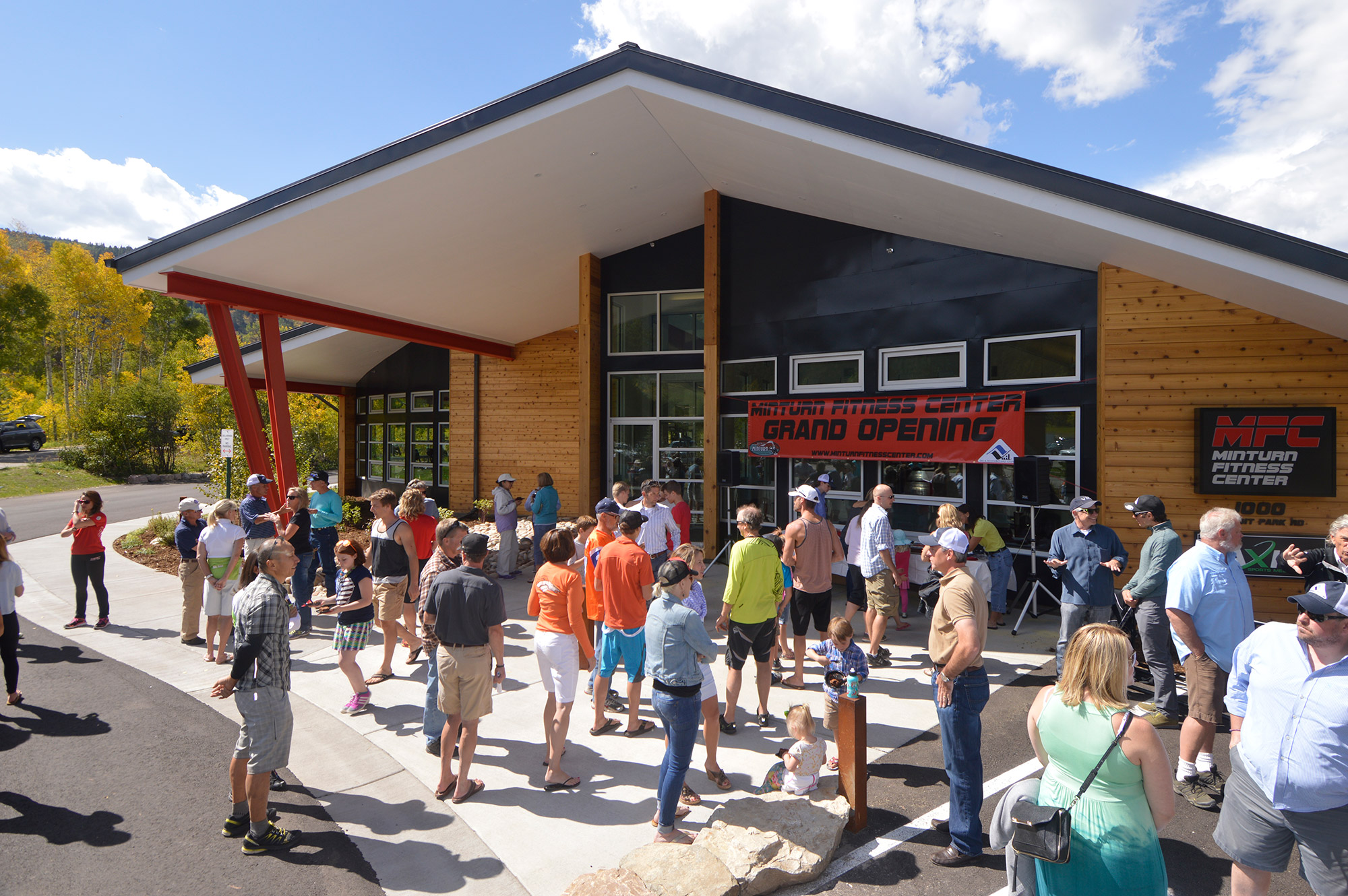 Club and community members gather at the Minturn Fitness Center on Sept. 14. Courtesy of SSCV.